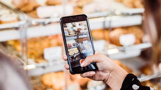 Como excluir fotos ou vídeos em um iPhone ou iPad