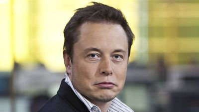 Tesla é intimada pelo governo dos EUA a esclarecer tweet de Elon Musk