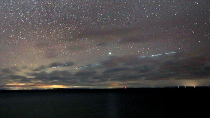 Chuva de meteoros desta sexta (22) foi mais fraca do que o previsto; veja vídeos