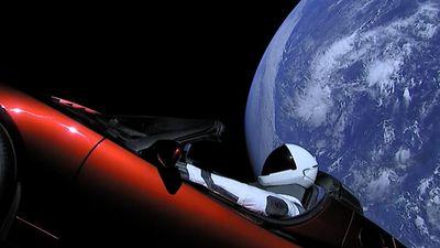 Tesla Roadster lançado com o Falcon Heavy já passou por Marte