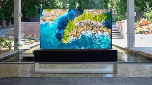 TV OLED enrolável da LG tem preço anunciado e custa o mesmo que um Porsche