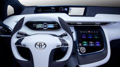 Após acidente com Uber, Toyota suspende testes com carros autônomos