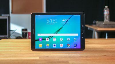 Galaxy Tab S3 aparece em nova imagem vazada com capa-teclado