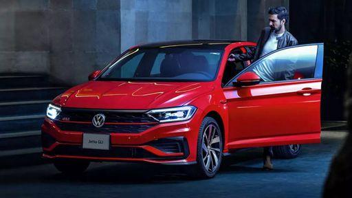 Volkswagen Jetta pode ganhar versão eletrificada em breve