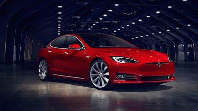 Tesla descontinua Model S 75, o modelo mais barato da linha
