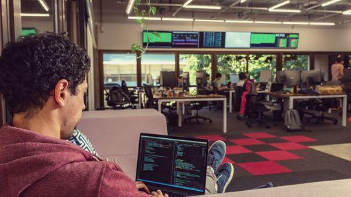 Busca-se engenheiros e mais: como o RH da VTEX seleciona seus talentos de TI
