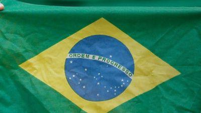 Brasil ajuda a impulsionar número de usuários e receita do Twitter
