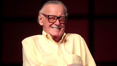 Stan Lee, ícone dos quadrinhos, morre aos 95 anos
