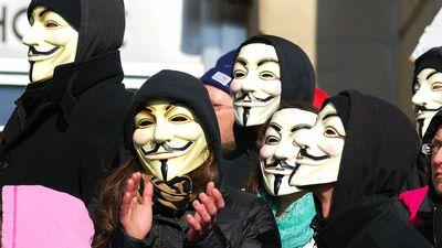 Anonymous invade sistemas e divulga banco de dados da JBS