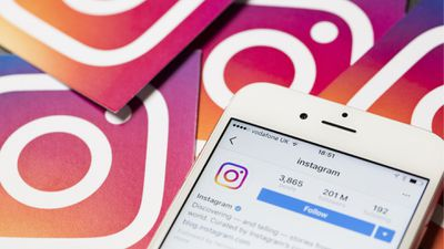 Mensagens diretas no Instagram agora podem conter stickers em fotos e vídeos
