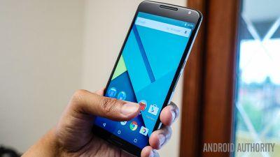 """Para Motorola, Nexus 6 era """"grande demais"""""""