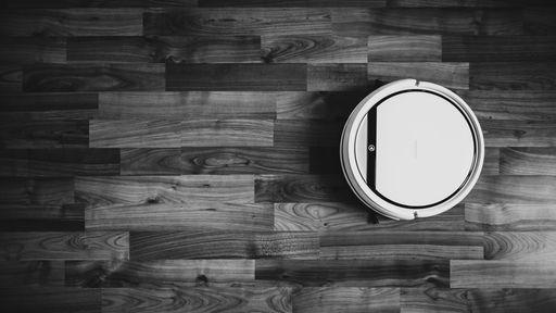 Lâmpada e robô aspirador: 5 coisas para quem quer ter uma Casa Conectada