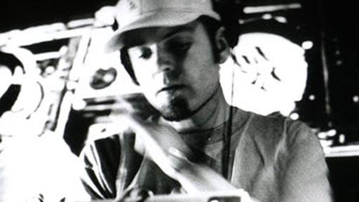 DJ Shadow se une ao BitTorrent para vender e promover seu novo álbum
