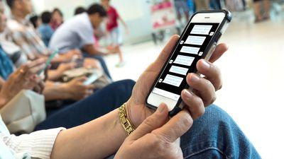 """""""Pai coruja"""" cria aplicativo que obriga os filhos a responderem mensagens"""