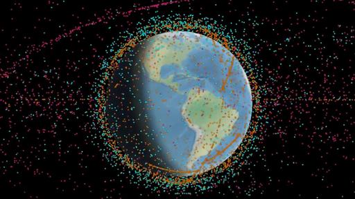 Novo mapa de lixo espacial aponta cerca de 200 objetos como potenciais ameaças
