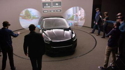 Ford está utilizando o HoloLens para projetar seus veículos