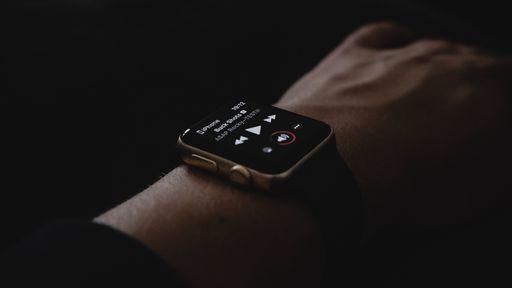 Como baixar músicas para ouvir offline no Apple Watch
