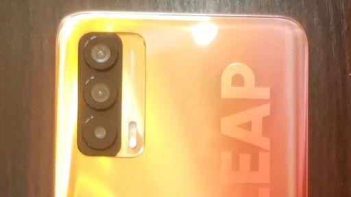 Novo celular de ponta da Realme tem detalhes revelados em fotos vazadas