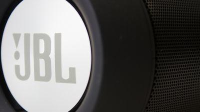 JBL lança na CES 2018 três fones de ouvido com o Google Assistente