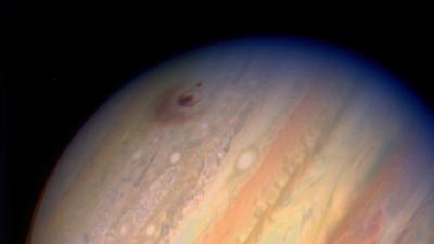 Colisão de cometa em Júpiter ajudou a popularizar a internet nos anos 1990