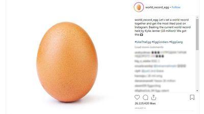 Kylie Jenner perde recorde de foto mais curtida no Instagram para um ovo