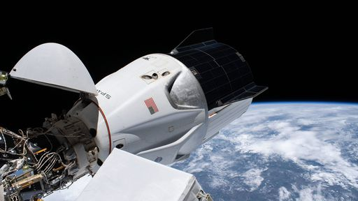 Nave Crew Dragon vem mostrando ótimo desempenho na ISS após quase 100 dias