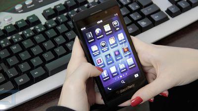 BlackBerry anuncia prejuízo bilionário e culpa baixas vendas do Z10