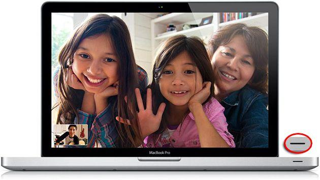 Macbook Pro com a porta infravermelha