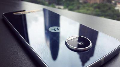 Cada vez mais próximo de ser lançado, Moto Z Play dá as caras em novas fotos