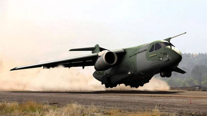 KC-390 03