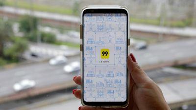 Agora passageiros da 99 podem acionar um botão de emergência durante corridas