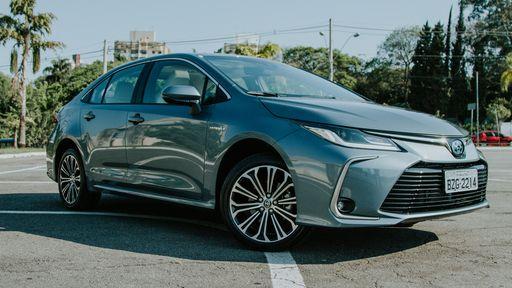 Carros elétricos e híbridos batem recorde de vendas no Brasil