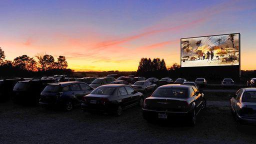Cinemas Drive-In viram alternativa em meio à pandemia do coronavírus