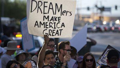 Microsoft é criticada por apoiar entidade governamental cruel com imigrantes