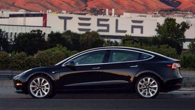 Model 3 da Tesla ganha 5 estrelas em todas as categorias de testes de colisão
