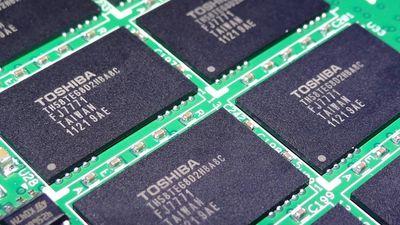 Apple volta a fazer oferta pela divisão de chips da Toshiba