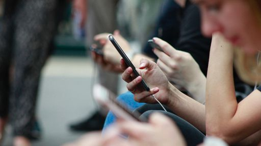 Como compartilhar fotos no iPhone sem precisar de internet