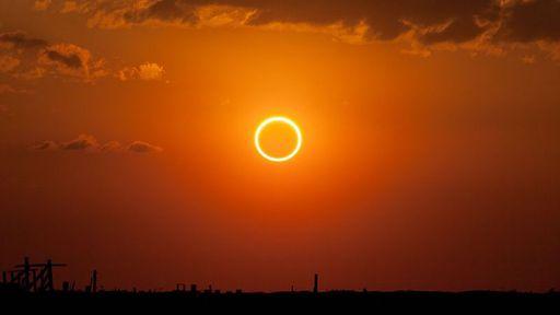 """Eclipse solar com """"anel de fogo"""" poderá ser visto no Brasil neste domingo"""