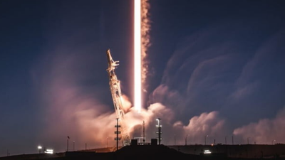 SpaceX acredita que diminuir a órbita de seus satélites pode ser mais seguro