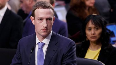 Após duras críticas, Zuckerberg vai encontrar secretário do governo inglês