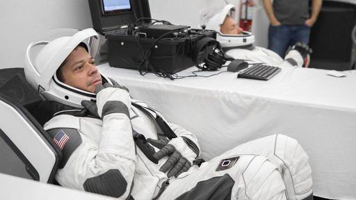 Designer do novo traje espacial da SpaceX para a NASA também fez traje do Batman