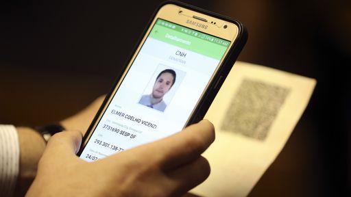 Carteira de habilitação digital é aprovada e começa a valer em fevereiro de 2018
