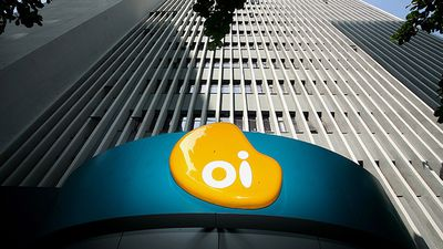 Após queda das ações da Oi, papéis da Portugal Telecom operam em baixa de 10%