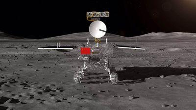 NASA fotografa lado afastado da Lua e avista sonda chinesa por lá