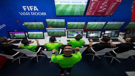 Dia do Futebol   Como a tecnologia é usada no futebol?