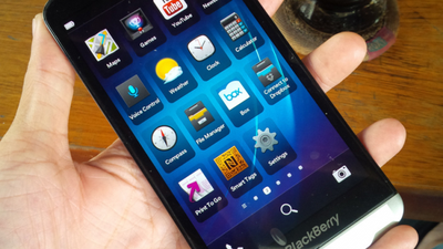 "BlackBerry anuncia o Z30, com tela de 5"" e BlackBerry OS 10.2"