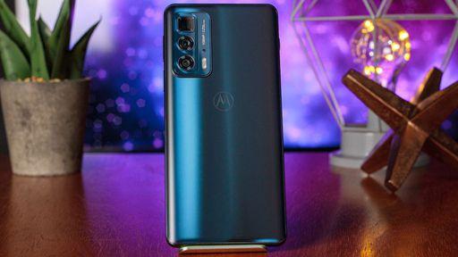 """Motorola detalha funcionamento do zoom 5x do Edge 20 Pro com """"ótica dobrada"""""""