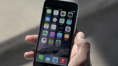 """Fãs da Apple dão resposta bem humorada a infográfico """"iPhone 6 x Nexus 4"""""""