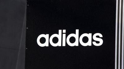 Falsa promoção no Instagram diz recrutar influencers para a Adidas; empresa nega
