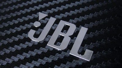 JBL apresenta nova linha de alto-falantes com Google Assistente